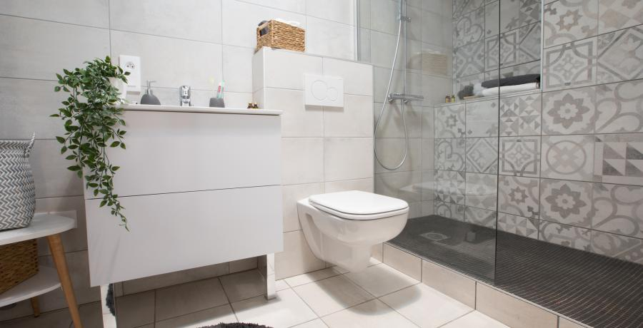 programme immobilier neuf à uffheim: les carrés cottage, duplex-jardin salle de bains