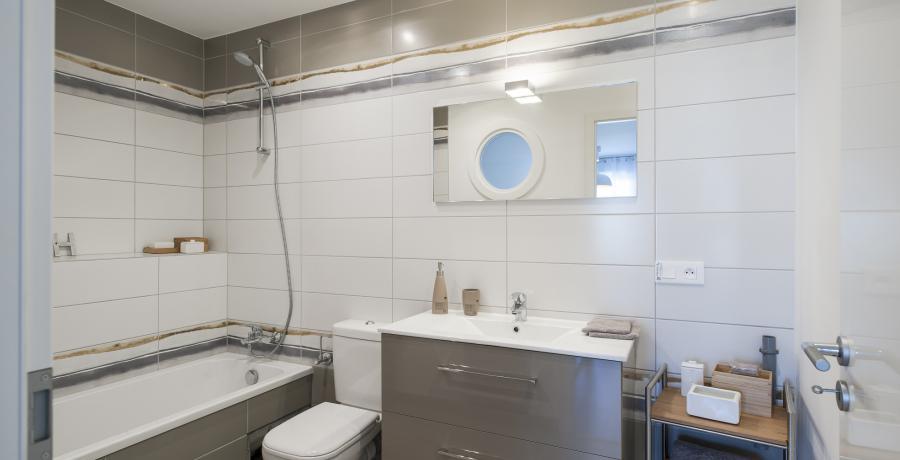 programme immobilier neuf à herrlisheim: les carrés de l'albatros, duplex-jardin salle de bains