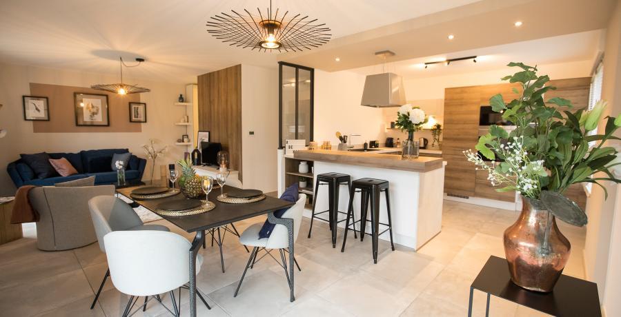 programme immobilier neuf à bourgoin-jallieu : les carrés des trèfles, duplex-jardin salon cuisine