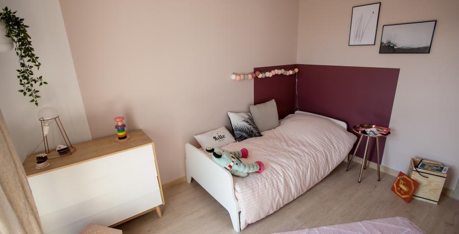 programme immobilier neuf à battenheim : les carrés omei'z, duplex-jardin chambre enfant