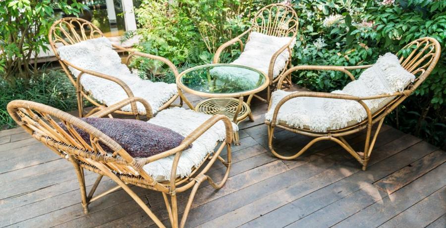 cacher terrasse voisins idees amenagement originales plantes salon de jardin
