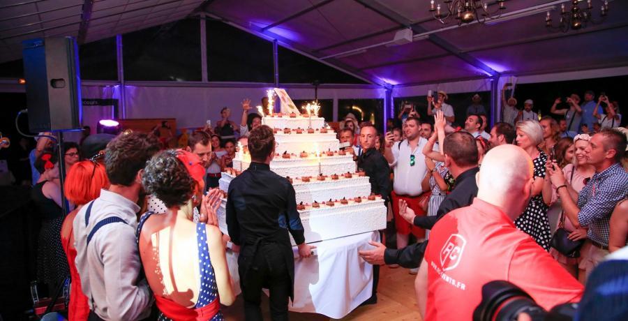 portes ouvertes 20 ans groupe vivialys gâteau