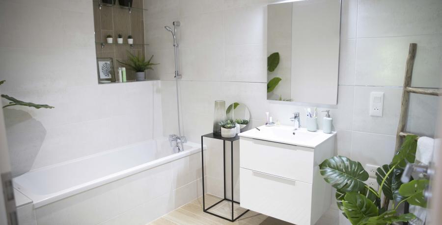 programme immobilier neuf à dambenois : les carrés channel, duplex-jardin salle de bain