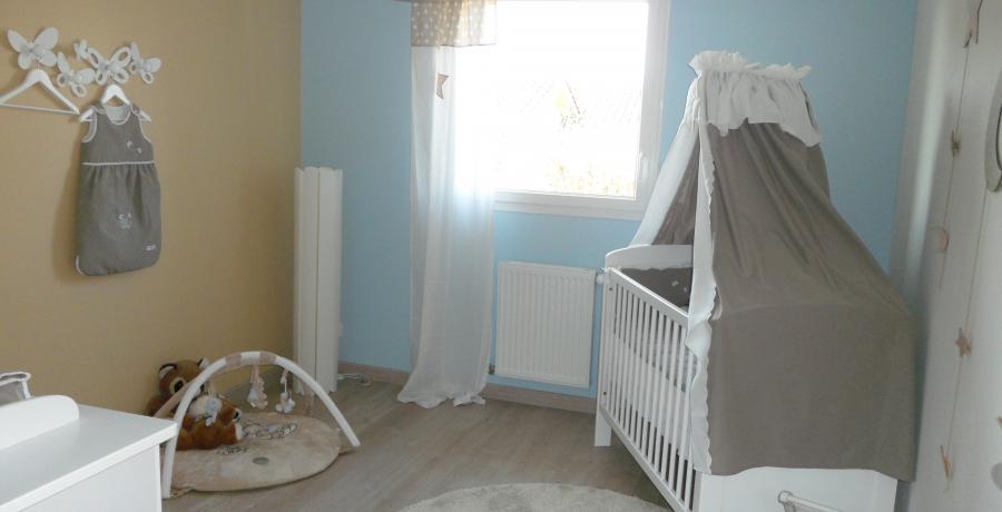 programme immobilier neuf à Chassagny : les carrés du vallon, duplex-jardin chambre d'enfants