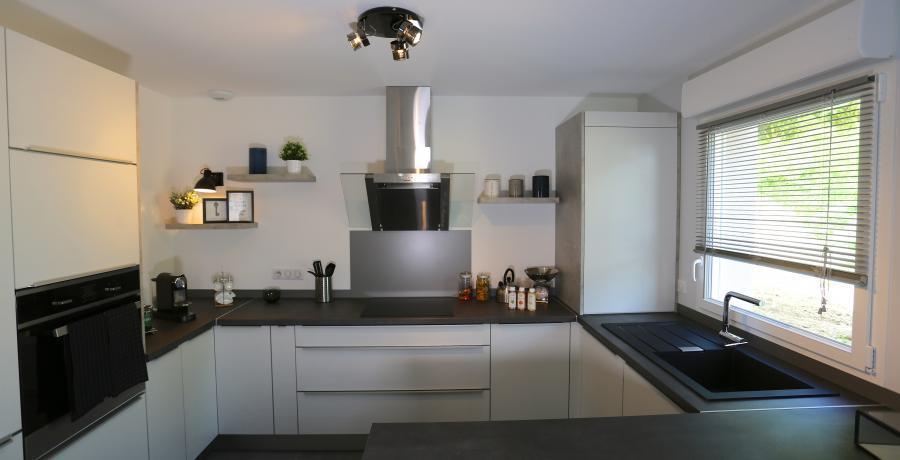 programme immobilier neuf à vétraz-monthoux : les carrés des frênes, duplex-jardin cuisine