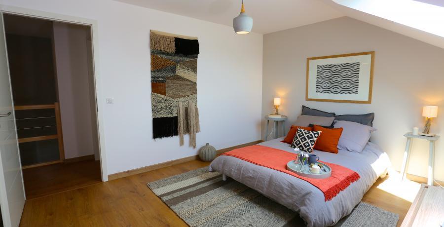 programme immobilier neuf à veigy-foncenex : les carrés des sens, duplex-jardin chambre