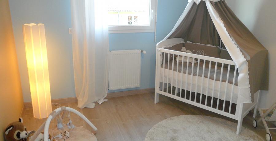programme immobilier neuf à Vétraz-Monthoux : les carrés rubis, duplex-jardin chambre enfant