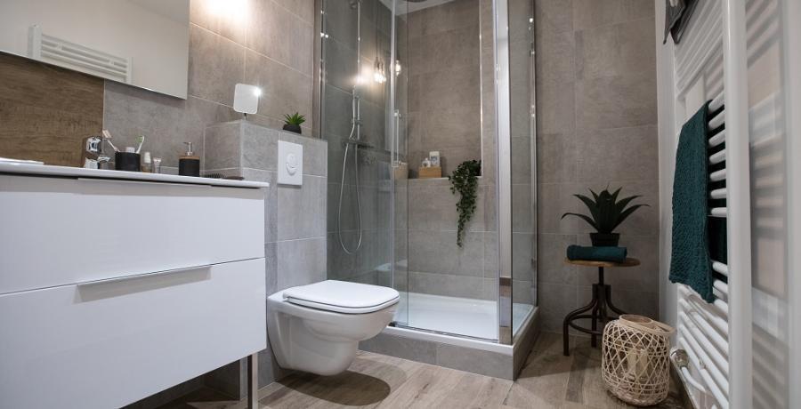 programme immobilier neuf à sélestat : les carrés art'mony, duplex-jardin salle de bain