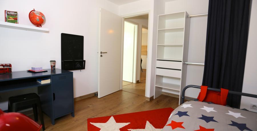 programme immobilier neuf à Ballaison : les carrés Ros'alba duplex-jardin chambre enfant