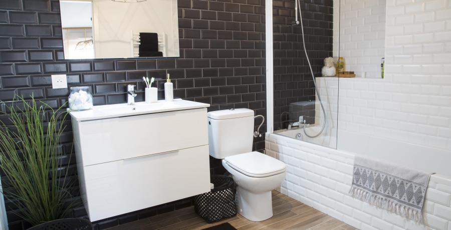 programme immobilier neuf à bollwiller : les carrés lorena, duplex-jardin salle de bain