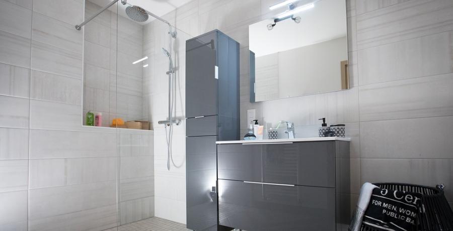 programme immobilier neuf à tagolsheim: les carrés de louise, duplex-jardin salle de bain