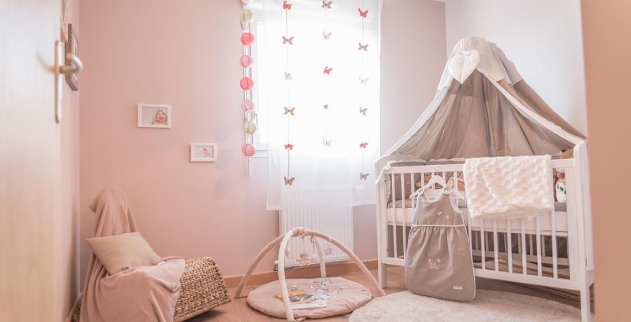 programme immobilier neuf à Chassagny : les carrés du Côteau duplex-jardin chambre enfants