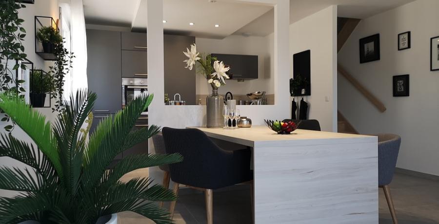 programme immobilier neuf à  Saint-Jean-de-Sixt : les carrés Bienheureux duplex-jardin cuisine