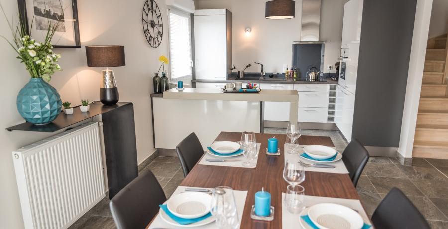 Programme immobilier neuf à Saint-Bonnet-de-Mure : les Carrés du Bois, duplex-jardin cuisine salle à manger