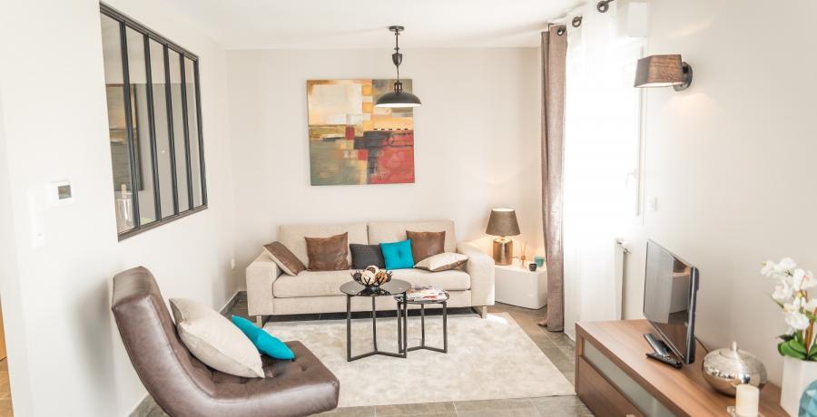 Programme immobilier neuf à Saint-Bonnet-de-Mure : les Carrés du Bois, duplex-jardin salon