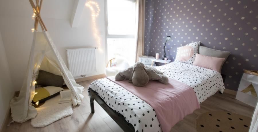 Programme immobilier neuf à Thônes : les Carrés de Vaunessin, Duplex-Jardin chambre enfant