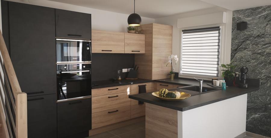Programme immobilier neuf à Thônes : les Carrés de Vaunessin, Duplex-Jardin cuisine