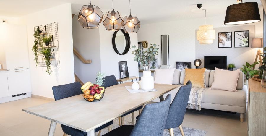 Programme immobilier neuf à Frasne : les Carrés du Centre, duplex-jardin salle à manger