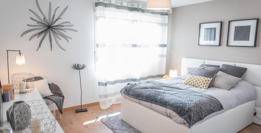 Programme immobilier neuf à Chavanoz : les Carrés du Confluent, duplex-jardin chambre parentale