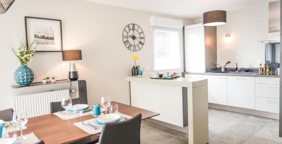 Programme immobilier neuf à Chavanoz : les Carrés du Confluent, duplex-jardin salle à manger