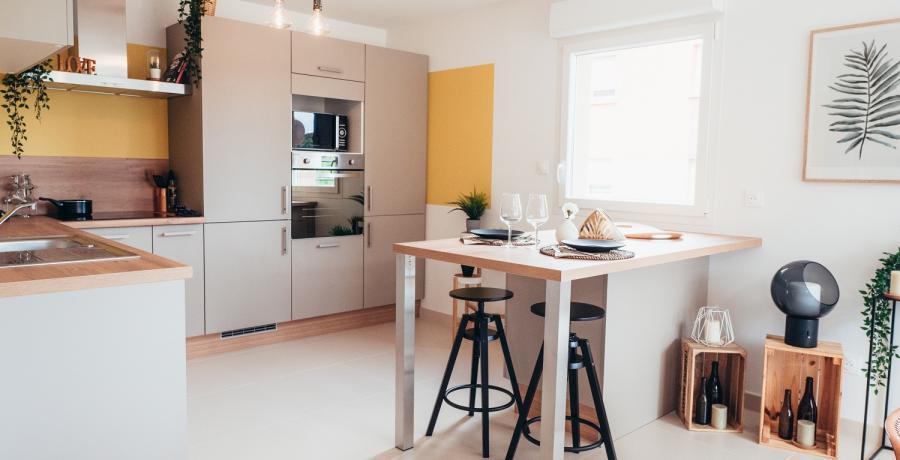 Programme immobilier neuf à Boussières : les Carrés des Vignes, duplex-jardin cuisine